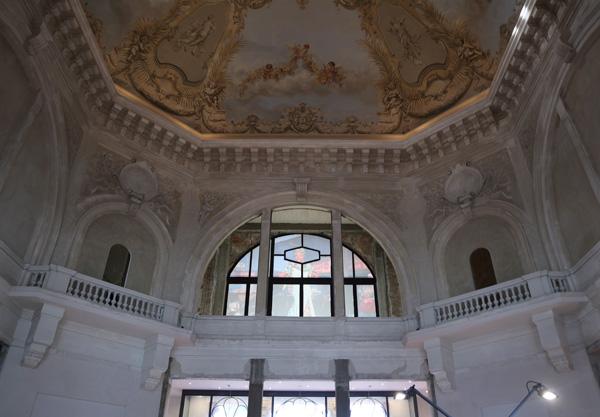 Il foyer del Teatro Margherita.